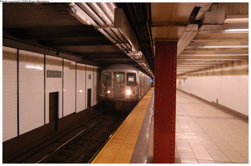 (188k, 1044x689)<br><b>Country:</b> United States<br><b>City:</b> New York<br><b>System:</b> New York City Transit<br><b>Line:</b> BMT Nassau Street/Jamaica Line<br><b>Location:</b> Fulton Street <br><b>Car:</b> R-42 (St. Louis, 1969-1970)   <br><b>Photo by:</b> Brian Weinberg<br><b>Date:</b> 6/28/2006<br><b>Notes:</b> Back of the northbound platform, i.e. the lower level (looking south).<br><b>Viewed (this week/total):</b> 1 / 2313