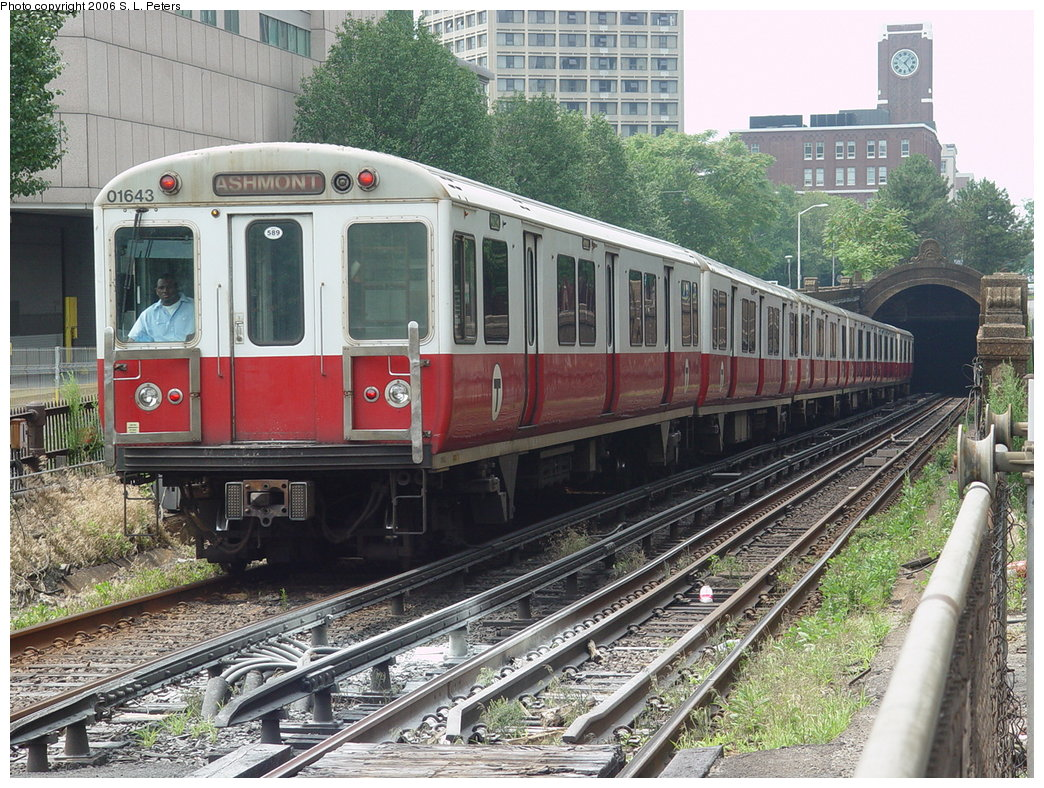 (257k, 1044x788)<br><b>Country:</b> United States<br><b>City:</b> Boston, MA<br><b>System:</b> MBTA<br><b>Line:</b> MBTA Red Line<br><b>Location:</b> Longfellow Bridge <br><b>Car:</b> MBTA 01600 Series (Pullman-Standard, 1969-1970)  01643 <br><b>Photo by:</b> S.L. Peters<br><b>Date:</b> 7/4/2006<br><b>Notes:</b> Inbound Red Line train leaving the Cambridge tunnel at the Longfellow Bridge.<br><b>Viewed (this week/total):</b> 0 / 2466