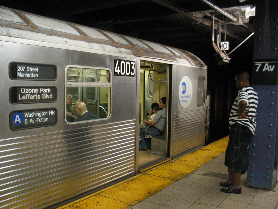 (163k, 950x713)<br><b>Country:</b> United States<br><b>City:</b> New York<br><b>System:</b> New York City Transit<br><b>Line:</b> IND Queens Boulevard Line<br><b>Location:</b> 7th Avenue/53rd Street <br><b>Route:</b> A<br><b>Car:</b> R-38 (St. Louis, 1966-1967)  4003 <br><b>Photo by:</b> David of Broadway<br><b>Date:</b> 7/16/2006<br><b>Notes:</b> A train via 6th Avenue reroute.<br><b>Viewed (this week/total):</b> 0 / 4966