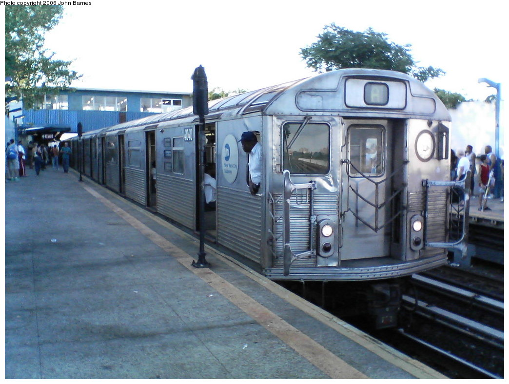 (170k, 1044x788)<br><b>Country:</b> United States<br><b>City:</b> New York<br><b>System:</b> New York City Transit<br><b>Line:</b> IND Rockaway<br><b>Location:</b> Broad Channel <br><b>Route:</b> A<br><b>Car:</b> R-38 (St. Louis, 1966-1967)  4040 <br><b>Photo by:</b> John Barnes<br><b>Date:</b> 7/16/2006<br><b>Viewed (this week/total):</b> 2 / 2998
