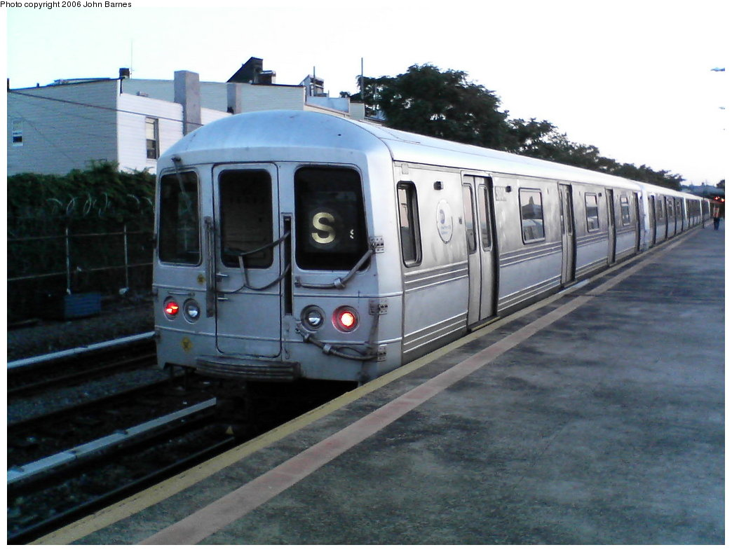 (146k, 1044x788)<br><b>Country:</b> United States<br><b>City:</b> New York<br><b>System:</b> New York City Transit<br><b>Line:</b> IND Rockaway<br><b>Location:</b> Rockaway Park/Beach 116th Street <br><b>Route:</b> S<br><b>Car:</b> R-44 (St. Louis, 1971-73) 5304 <br><b>Photo by:</b> John Barnes<br><b>Date:</b> 7/16/2006<br><b>Viewed (this week/total):</b> 1 / 2237