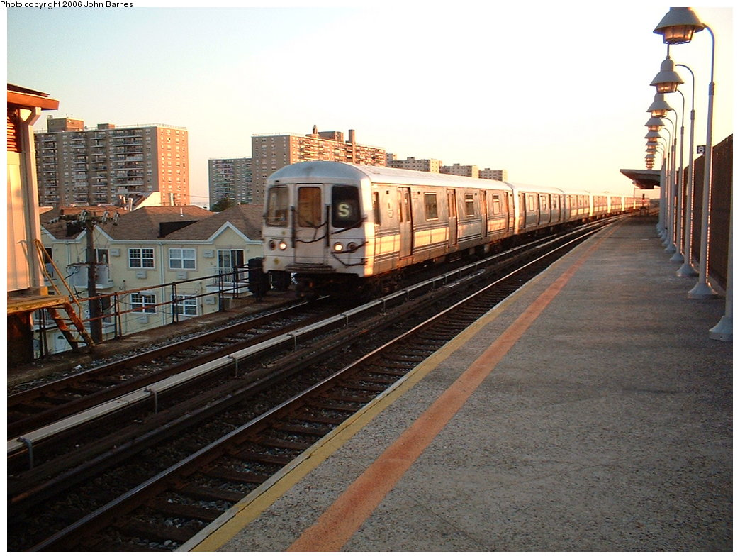 (198k, 1044x788)<br><b>Country:</b> United States<br><b>City:</b> New York<br><b>System:</b> New York City Transit<br><b>Line:</b> IND Rockaway<br><b>Location:</b> Beach 98th Street/Playland <br><b>Route:</b> S<br><b>Car:</b> R-44 (St. Louis, 1971-73)  <br><b>Photo by:</b> John Barnes<br><b>Date:</b> 7/16/2006<br><b>Viewed (this week/total):</b> 2 / 2345
