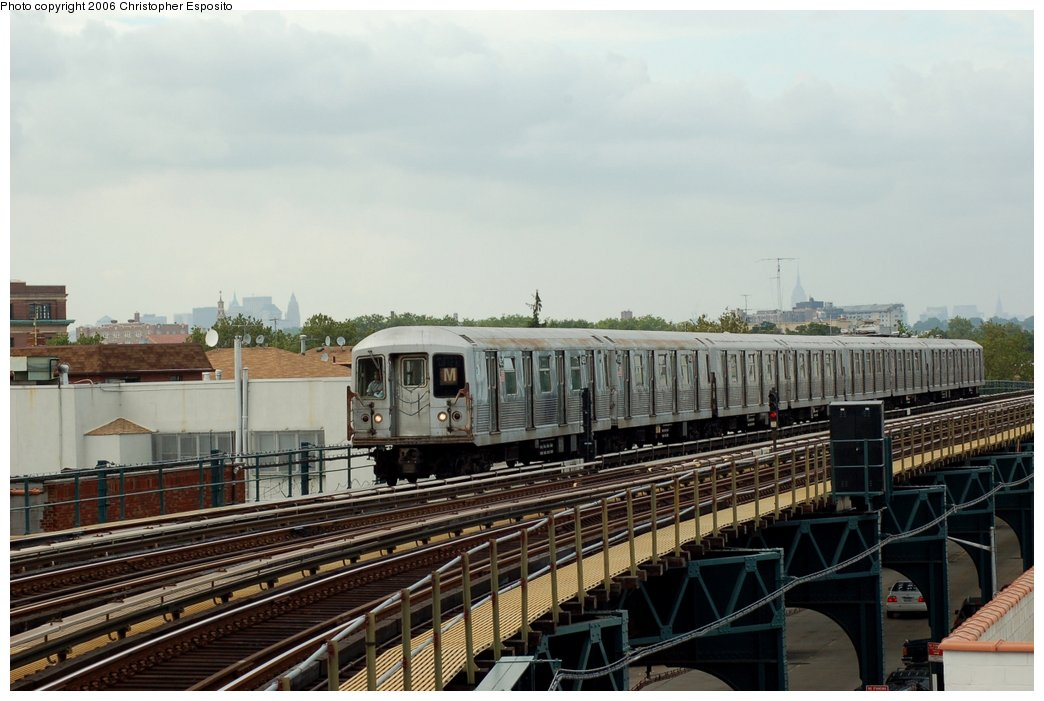 (135k, 1044x701)<br><b>Country:</b> United States<br><b>City:</b> New York<br><b>System:</b> New York City Transit<br><b>Line:</b> BMT West End Line<br><b>Location:</b> 71st Street <br><b>Route:</b> M<br><b>Car:</b> R-42 (St. Louis, 1969-1970)   <br><b>Photo by:</b> Christopher Esposito<br><b>Date:</b> 7/20/2006<br><b>Viewed (this week/total):</b> 1 / 2148