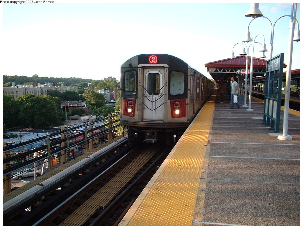 (199k, 1044x788)<br><b>Country:</b> United States<br><b>City:</b> New York<br><b>System:</b> New York City Transit<br><b>Line:</b> IRT White Plains Road Line<br><b>Location:</b> Gun Hill Road <br><b>Route:</b> 2<br><b>Car:</b> R-142 (Primary Order, Bombardier, 1999-2002)  6480 <br><b>Photo by:</b> John Barnes<br><b>Date:</b> 7/23/2006<br><b>Viewed (this week/total):</b> 0 / 2564