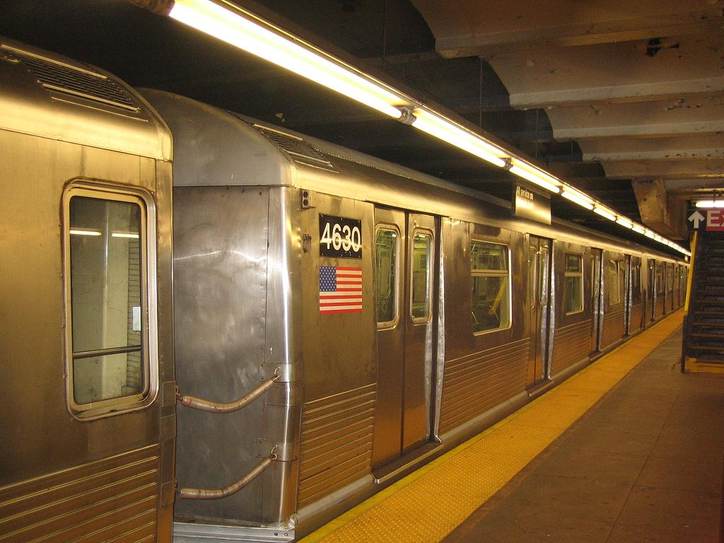 (128k, 1024x768)<br><b>Country:</b> United States<br><b>City:</b> New York<br><b>System:</b> New York City Transit<br><b>Line:</b> IND Crosstown Line<br><b>Location:</b> Church Avenue <br><b>Car:</b> R-42 (St. Louis, 1969-1970)  4630 <br><b>Photo by:</b> Michael Hodurski<br><b>Date:</b> 7/14/2006<br><b>Notes:</b> Train being used for filming of movie The Brave One.<br><b>Viewed (this week/total):</b> 1 / 2288