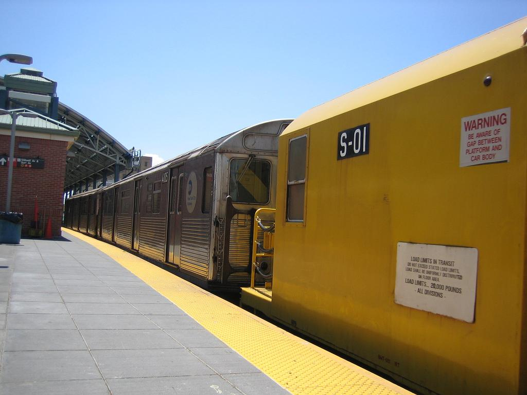(89k, 1024x768)<br><b>Country:</b> United States<br><b>City:</b> New York<br><b>System:</b> New York City Transit<br><b>Location:</b> Coney Island/Stillwell Avenue<br><b>Route:</b> Work Service<br><b>Car:</b> R-38 (St. Louis, 1966-1967)  4104 <br><b>Photo by:</b> Michael Hodurski<br><b>Date:</b> 7/24/2006<br><b>Viewed (this week/total):</b> 2 / 2254