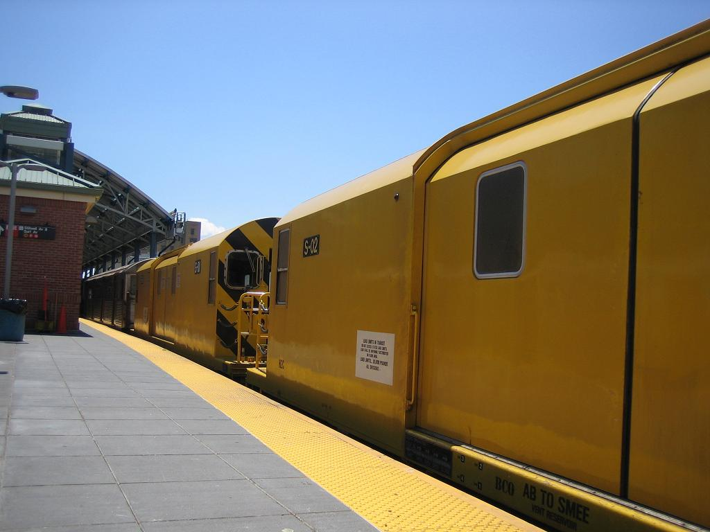 (82k, 1024x768)<br><b>Country:</b> United States<br><b>City:</b> New York<br><b>System:</b> New York City Transit<br><b>Location:</b> Coney Island/Stillwell Avenue<br><b>Route:</b> Work Service<br><b>Car:</b> R-74 Signal Supply (Fuji Heavy Industries, 1984)  02 <br><b>Photo by:</b> Michael Hodurski<br><b>Date:</b> 7/24/2006<br><b>Viewed (this week/total):</b> 7 / 1850