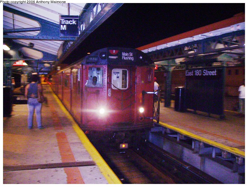 (145k, 820x620)<br><b>Country:</b> United States<br><b>City:</b> New York<br><b>System:</b> New York City Transit<br><b>Line:</b> IRT White Plains Road Line<br><b>Location:</b> East 180th Street <br><b>Route:</b> Work Service<br><b>Car:</b> R-33 World's Fair (St. Louis, 1963-64)  <br><b>Photo by:</b> Anthony Maimone<br><b>Date:</b> 7/30/2006<br><b>Viewed (this week/total):</b> 2 / 3153