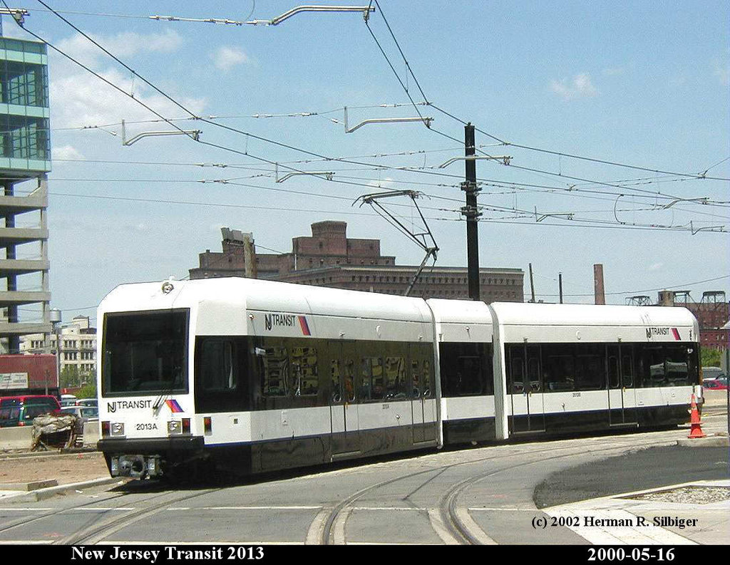 (216k, 1024x793)<br><b>Country:</b> United States<br><b>City:</b> Jersey City, NJ<br><b>System:</b> Hudson Bergen Light Rail<br><b>Location:</b> Harborside <br><b>Car:</b> NJT-HBLR LRV (Kinki-Sharyo, 1998-99)  2013 <br><b>Photo by:</b> Herman R. Silbiger<br><b>Date:</b> 5/16/2000<br><b>Viewed (this week/total):</b> 2 / 954