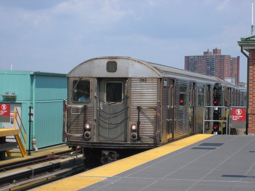 (107k, 1024x768)<br><b>Country:</b> United States<br><b>City:</b> New York<br><b>System:</b> New York City Transit<br><b>Location:</b> Coney Island/Stillwell Avenue<br><b>Route:</b> N<br><b>Car:</b> R-32 (Budd, 1964)  3790 <br><b>Photo by:</b> Michael Hodurski<br><b>Date:</b> 8/10/2006<br><b>Viewed (this week/total):</b> 0 / 1730