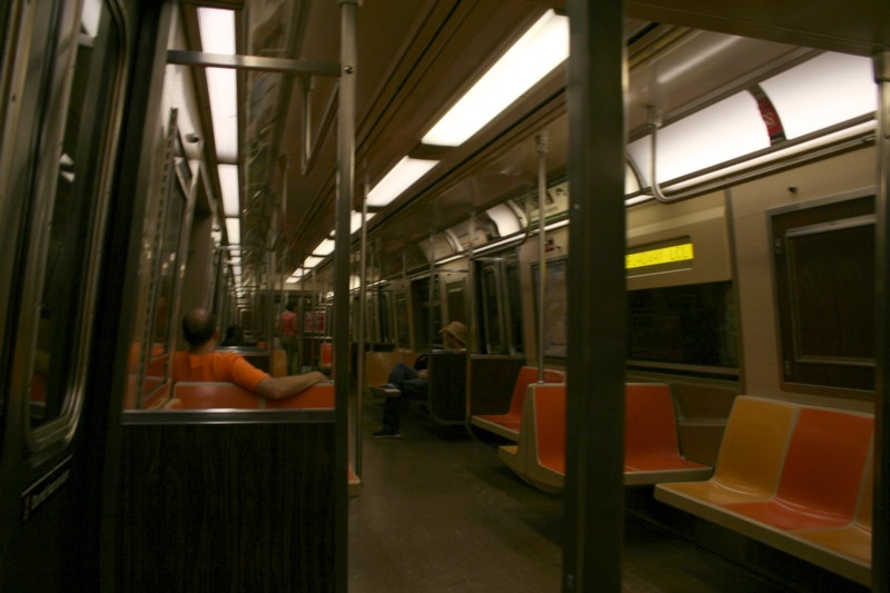 (85k, 800x533)<br><b>Country:</b> United States<br><b>City:</b> New York<br><b>System:</b> New York City Transit<br><b>Route:</b> R<br><b>Car:</b> R-46 (Pullman-Standard, 1974-75) 5958 <br><b>Photo by:</b> Neil Feldman<br><b>Date:</b> 8/11/2006<br><b>Viewed (this week/total):</b> 1 / 1815