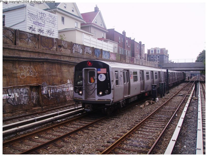 (148k, 820x620)<br><b>Country:</b> United States<br><b>City:</b> New York<br><b>System:</b> New York City Transit<br><b>Line:</b> BMT West End Line<br><b>Location:</b> Bay Parkway <br><b>Car:</b> R-160A-2 (Alstom, 2005-2008, 5 car sets)  8653 <br><b>Photo by:</b> Anthony Maimone<br><b>Date:</b> 8/20/2006<br><b>Notes:</b> R160A testing.<br><b>Viewed (this week/total):</b> 7 / 4096