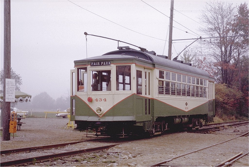 (264k, 1024x687)<br><b>Country:</b> United States<br><b>City:</b> Kennebunk, ME<br><b>System:</b> Seashore Trolley Museum <br><b>Car:</b> Dallas Railway & Terminal 434 <br><b>Photo by:</b> Joe Testagrose<br><b>Date:</b> 10/10/1970<br><b>Viewed (this week/total):</b> 1 / 663