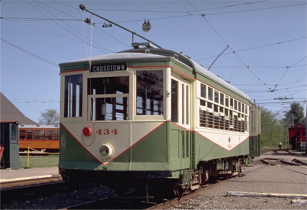 (233k, 1024x700)<br><b>Country:</b> United States<br><b>City:</b> Kennebunk, ME<br><b>System:</b> Seashore Trolley Museum <br><b>Car:</b> Dallas Railway & Terminal 434 <br><b>Photo by:</b> Gerald H. Landau<br><b>Collection of:</b> Joe Testagrose<br><b>Date:</b> 5/24/1981<br><b>Viewed (this week/total):</b> 1 / 903