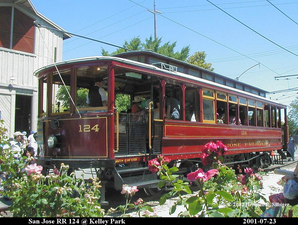 (287k, 1024x773)<br><b>Country:</b> United States<br><b>City:</b> San Jose, CA<br><b>System:</b> Kelley Park Vintage Trolley <br><b>Car:</b>  124 <br><b>Photo by:</b> Herman R. Silbiger<br><b>Date:</b> 7/23/2001<br><b>Viewed (this week/total):</b> 4 / 1218