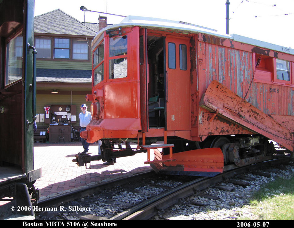 (237k, 1024x795)<br><b>Country:</b> United States<br><b>City:</b> Kennebunk, ME<br><b>System:</b> Seashore Trolley Museum <br><b>Car:</b> MBTA 5106 <br><b>Photo by:</b> Herman R. Silbiger<br><b>Date:</b> 5/7/2006<br><b>Viewed (this week/total):</b> 1 / 850