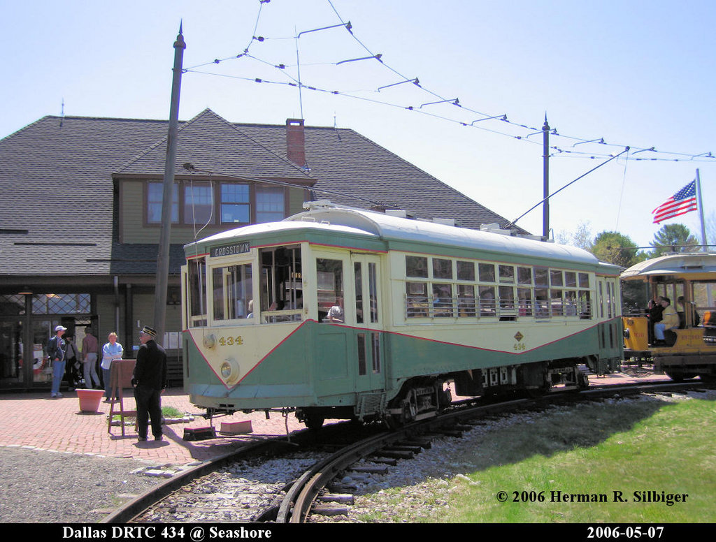 (227k, 1024x776)<br><b>Country:</b> United States<br><b>City:</b> Kennebunk, ME<br><b>System:</b> Seashore Trolley Museum <br><b>Car:</b> Dallas Railway & Terminal 434 <br><b>Photo by:</b> Herman R. Silbiger<br><b>Date:</b> 5/7/2006<br><b>Viewed (this week/total):</b> 0 / 742