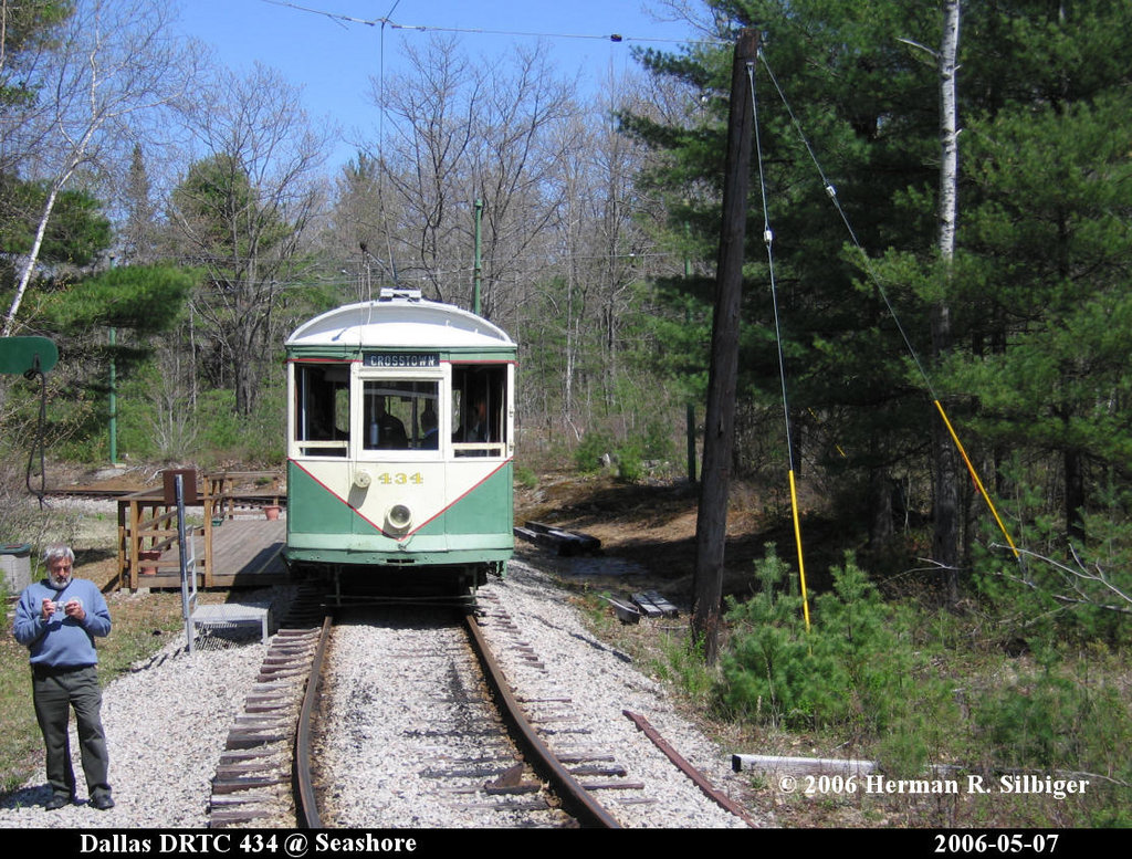 (298k, 1024x777)<br><b>Country:</b> United States<br><b>City:</b> Kennebunk, ME<br><b>System:</b> Seashore Trolley Museum <br><b>Car:</b> Dallas Railway & Terminal 434 <br><b>Photo by:</b> Herman R. Silbiger<br><b>Date:</b> 5/7/2006<br><b>Viewed (this week/total):</b> 0 / 808