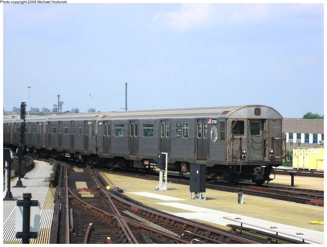 (201k, 1044x788)<br><b>Country:</b> United States<br><b>City:</b> New York<br><b>System:</b> New York City Transit<br><b>Location:</b> Coney Island/Stillwell Avenue<br><b>Route:</b> N<br><b>Car:</b> R-32 (Budd, 1964)  3790 <br><b>Photo by:</b> Michael Hodurski<br><b>Date:</b> 8/20/2006<br><b>Viewed (this week/total):</b> 0 / 2021