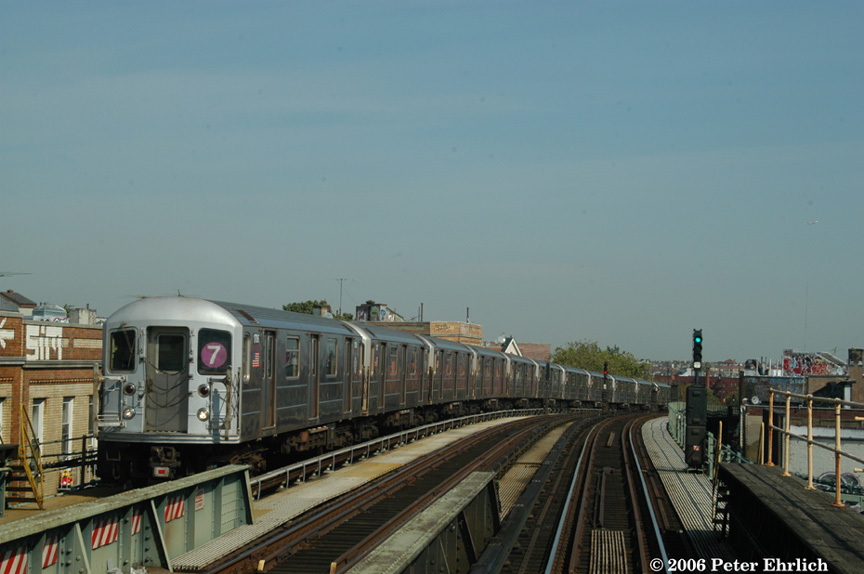 (147k, 864x574)<br><b>Country:</b> United States<br><b>City:</b> New York<br><b>System:</b> New York City Transit<br><b>Line:</b> IRT Flushing Line<br><b>Location:</b> 52nd Street/Lincoln Avenue <br><b>Route:</b> 7<br><b>Car:</b> R-62A (Bombardier, 1984-1987)  1706 <br><b>Photo by:</b> Peter Ehrlich<br><b>Date:</b> 10/3/2006<br><b>Viewed (this week/total):</b> 2 / 1575