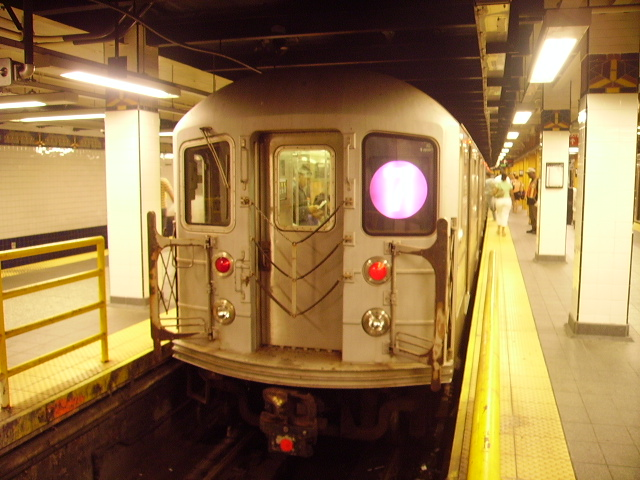 (163k, 640x480)<br><b>Country:</b> United States<br><b>City:</b> New York<br><b>System:</b> New York City Transit<br><b>Line:</b> IRT Flushing Line<br><b>Location:</b> Main Street/Flushing <br><b>Route:</b> 7<br><b>Car:</b> R-62A (Bombardier, 1984-1987)   <br><b>Photo by:</b> John Czarnecky<br><b>Date:</b> 7/2006<br><b>Viewed (this week/total):</b> 1 / 2662