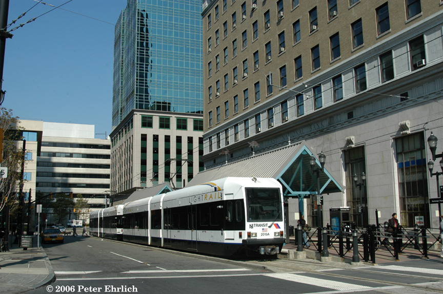 (240k, 864x574)<br><b>Country:</b> United States<br><b>City:</b> Jersey City, NJ<br><b>System:</b> Hudson Bergen Light Rail<br><b>Location:</b> Exchange Place <br><b>Car:</b> NJT-HBLR LRV (Kinki-Sharyo, 1998-99)  2015+2020 <br><b>Photo by:</b> Peter Ehrlich<br><b>Date:</b> 9/28/2006<br><b>Viewed (this week/total):</b> 2 / 1254