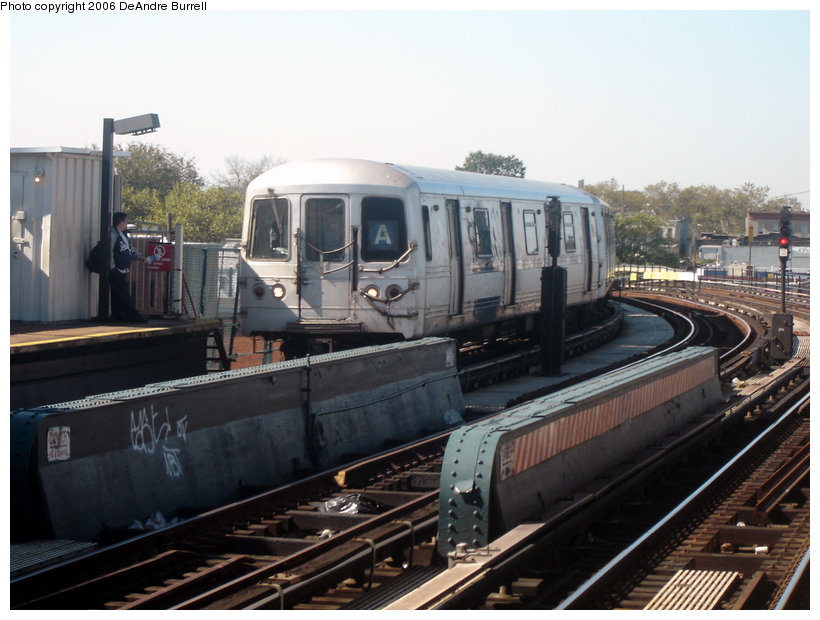 (135k, 820x620)<br><b>Country:</b> United States<br><b>City:</b> New York<br><b>System:</b> New York City Transit<br><b>Line:</b> IND Fulton Street Line<br><b>Location:</b> 80th Street/Hudson Street <br><b>Route:</b> A<br><b>Car:</b> R-44 (St. Louis, 1971-73)  <br><b>Photo by:</b> DeAndre Burrell<br><b>Date:</b> 10/7/2006<br><b>Viewed (this week/total):</b> 0 / 2479