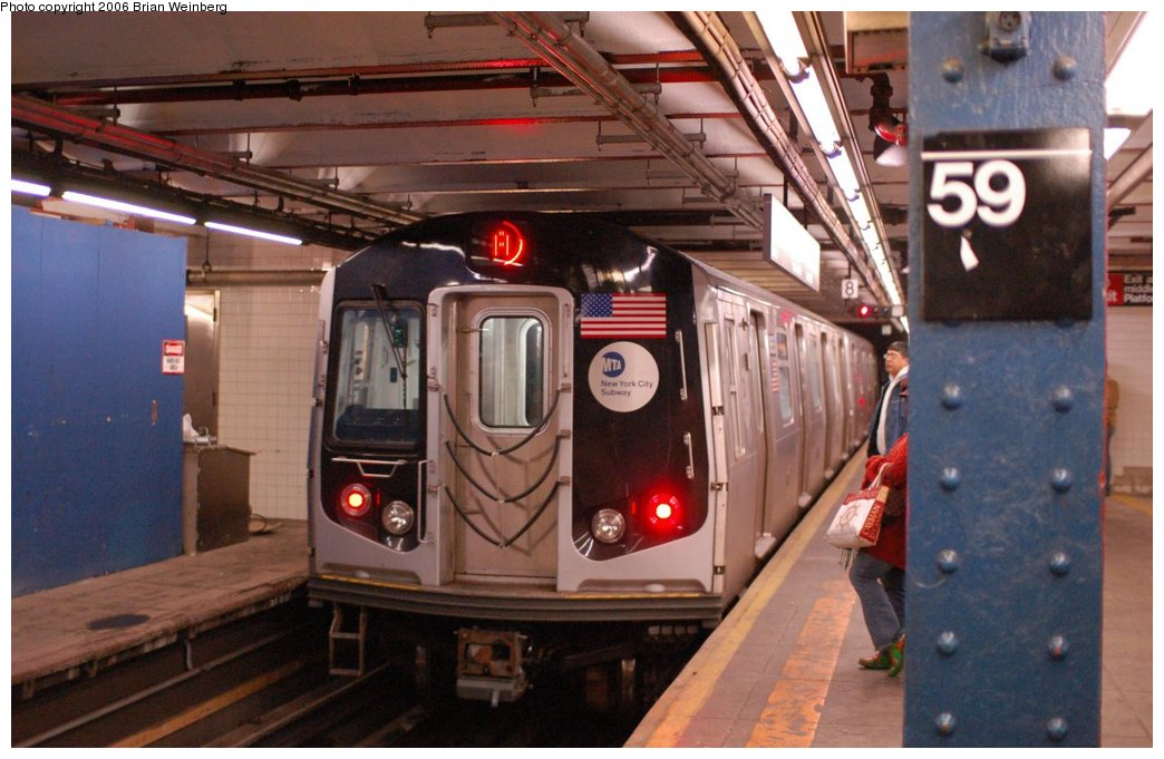 (202k, 1044x681)<br><b>Country:</b> United States<br><b>City:</b> New York<br><b>System:</b> New York City Transit<br><b>Line:</b> IND 8th Avenue Line<br><b>Location:</b> 59th Street/Columbus Circle <br><b>Route:</b> A<br><b>Car:</b> R-160A-2 (Alstom, 2005-2008, 5 car sets)  8653 <br><b>Photo by:</b> Brian Weinberg<br><b>Date:</b> 10/17/2006<br><b>Notes:</b> Second day of 30 day test.<br><b>Viewed (this week/total):</b> 3 / 5520