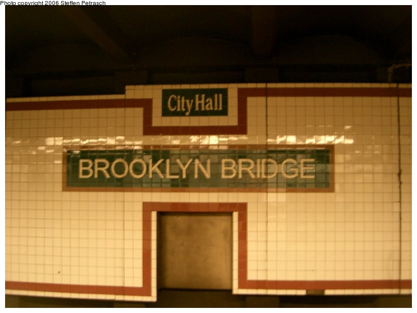 (103k, 820x615)<br><b>Country:</b> United States<br><b>City:</b> New York<br><b>System:</b> New York City Transit<br><b>Line:</b> IRT East Side Line<br><b>Location:</b> Brooklyn Bridge/City Hall <br><b>Photo by:</b> Steffen Petrasch<br><b>Date:</b> 9/18/2006<br><b>Notes:</b> Name tablet.<br><b>Viewed (this week/total):</b> 0 / 2205