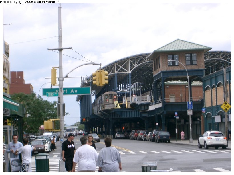 (127k, 820x615)<br><b>Country:</b> United States<br><b>City:</b> New York<br><b>System:</b> New York City Transit<br><b>Location:</b> Coney Island/Stillwell Avenue<br><b>Photo by:</b> Steffen Petrasch<br><b>Date:</b> 9/24/2006<br><b>Notes:</b> View from Stillwell & Surf of new train shed.<br><b>Viewed (this week/total):</b> 0 / 2395