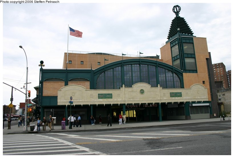(89k, 820x554)<br><b>Country:</b> United States<br><b>City:</b> New York<br><b>System:</b> New York City Transit<br><b>Location:</b> Coney Island/Stillwell Avenue<br><b>Photo by:</b> Steffen Petrasch<br><b>Date:</b> 9/24/2006<br><b>Notes:</b> Remodeled station entrance.<br><b>Viewed (this week/total):</b> 1 / 1677
