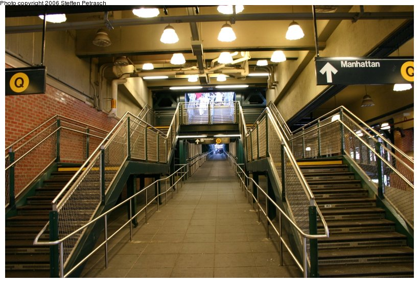 (125k, 820x554)<br><b>Country:</b> United States<br><b>City:</b> New York<br><b>System:</b> New York City Transit<br><b>Location:</b> Coney Island/Stillwell Avenue<br><b>Photo by:</b> Steffen Petrasch<br><b>Date:</b> 9/24/2006<br><b>Notes:</b> Station interior-stairs up to Q platform.<br><b>Viewed (this week/total):</b> 5 / 1808