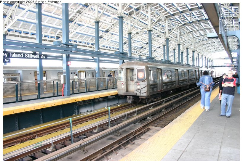 (149k, 820x554)<br><b>Country:</b> United States<br><b>City:</b> New York<br><b>System:</b> New York City Transit<br><b>Location:</b> Coney Island/Stillwell Avenue<br><b>Route:</b> D<br><b>Car:</b> R-68 (Westinghouse-Amrail, 1986-1988)  2738 <br><b>Photo by:</b> Steffen Petrasch<br><b>Date:</b> 9/24/2006<br><b>Viewed (this week/total):</b> 0 / 2412