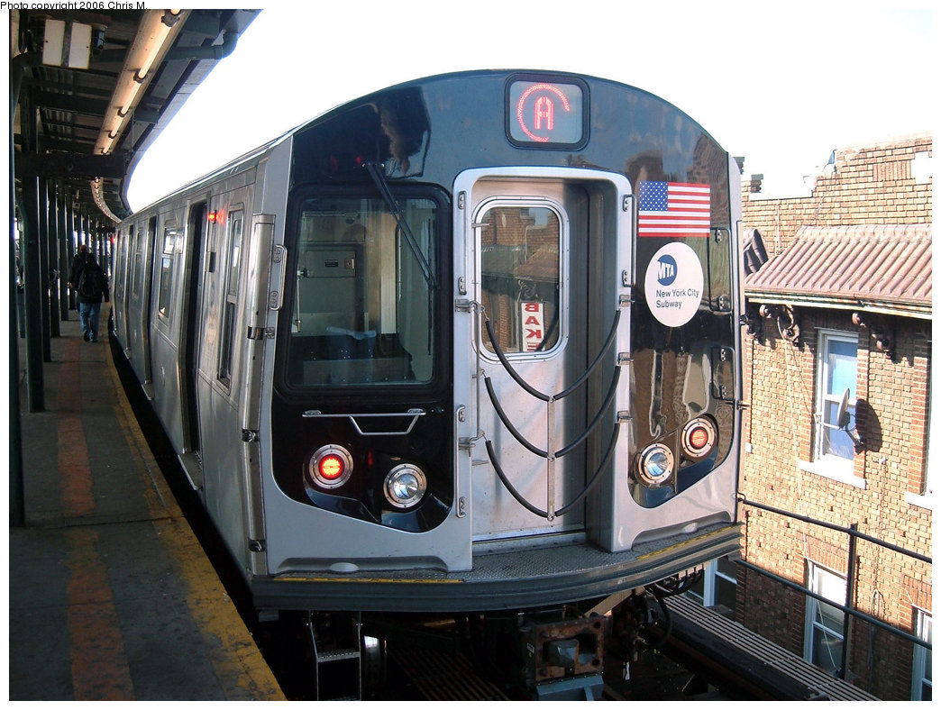 (244k, 1044x788)<br><b>Country:</b> United States<br><b>City:</b> New York<br><b>System:</b> New York City Transit<br><b>Line:</b> IND Fulton Street Line<br><b>Location:</b> Lefferts Boulevard <br><b>Route:</b> A<br><b>Car:</b> R-160A-2 (Alstom, 2005-2008, 5 car sets)  8662 <br><b>Photo by:</b> Chris M.<br><b>Date:</b> 10/21/2006<br><b>Viewed (this week/total):</b> 3 / 4021