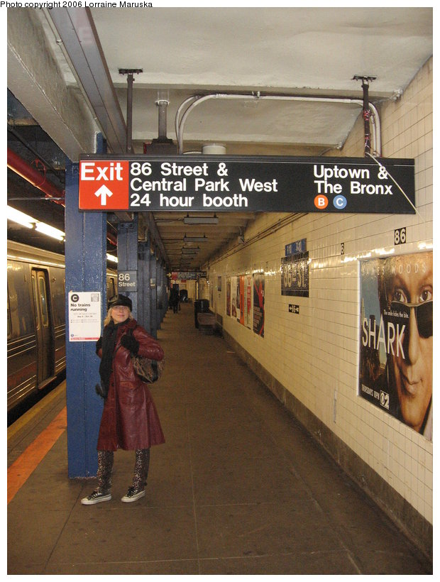 (131k, 620x820)<br><b>Country:</b> United States<br><b>City:</b> New York<br><b>System:</b> New York City Transit<br><b>Line:</b> IND 8th Avenue Line<br><b>Location:</b> 86th Street <br><b>Photo by:</b> Lorraine Maruska<br><b>Date:</b> 10/15/2006<br><b>Viewed (this week/total):</b> 1 / 2596