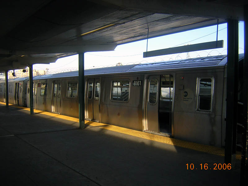 (79k, 800x600)<br><b>Country:</b> United States<br><b>City:</b> New York<br><b>System:</b> New York City Transit<br><b>Line:</b> BMT Canarsie Line<br><b>Location:</b> Rockaway Parkway <br><b>Route:</b> L<br><b>Car:</b> R-143 (Kawasaki, 2001-2002) 8161 <br><b>Photo by:</b> Robert Mencher<br><b>Date:</b> 10/16/2006<br><b>Viewed (this week/total):</b> 1 / 2381