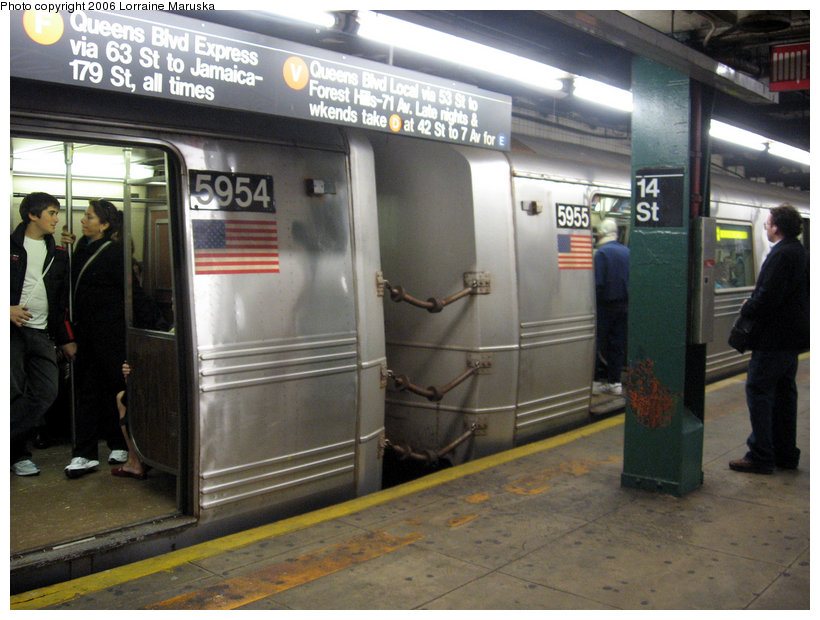 (146k, 820x620)<br><b>Country:</b> United States<br><b>City:</b> New York<br><b>System:</b> New York City Transit<br><b>Line:</b> IND 6th Avenue Line<br><b>Location:</b> 14th Street <br><b>Route:</b> F<br><b>Car:</b> R-46 (Pullman-Standard, 1974-75) 5954/5955 <br><b>Photo by:</b> Lorraine Maruska<br><b>Date:</b> 10/23/2006<br><b>Viewed (this week/total):</b> 3 / 3922