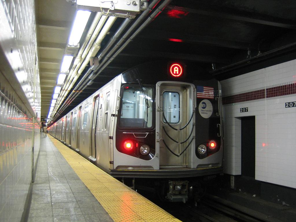 (116k, 1024x768)<br><b>Country:</b> United States<br><b>City:</b> New York<br><b>System:</b> New York City Transit<br><b>Line:</b> IND 8th Avenue Line<br><b>Location:</b> 207th Street <br><b>Route:</b> A<br><b>Car:</b> R-160A-2 (Alstom, 2005-2008, 5 car sets)  8653 <br><b>Photo by:</b> Michael Hodurski<br><b>Date:</b> 10/18/2006<br><b>Viewed (this week/total):</b> 1 / 2875