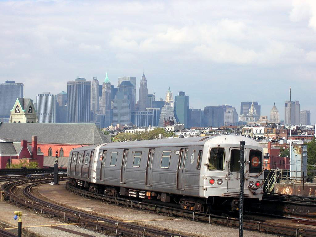 (178k, 1024x768)<br><b>Country:</b> United States<br><b>City:</b> New York<br><b>System:</b> New York City Transit<br><b>Line:</b> IND Crosstown Line<br><b>Location:</b> Smith/9th Street <br><b>Route:</b> F<br><b>Car:</b> R-46 (Pullman-Standard, 1974-75) 5496 <br><b>Photo by:</b> Michael Hodurski<br><b>Date:</b> 10/18/2006<br><b>Viewed (this week/total):</b> 0 / 1804