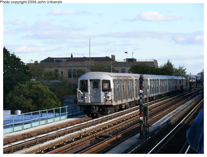 (110k, 660x500)<br><b>Country:</b> United States<br><b>City:</b> New York<br><b>System:</b> New York City Transit<br><b>Line:</b> BMT Nassau Street/Jamaica Line<br><b>Location:</b> Broadway/East New York (Broadway Junction) <br><b>Route:</b> J<br><b>Car:</b> R-42 (St. Louis, 1969-1970)   <br><b>Photo by:</b> John Urbanski<br><b>Date:</b> 10/26/2006<br><b>Viewed (this week/total):</b> 2 / 2032