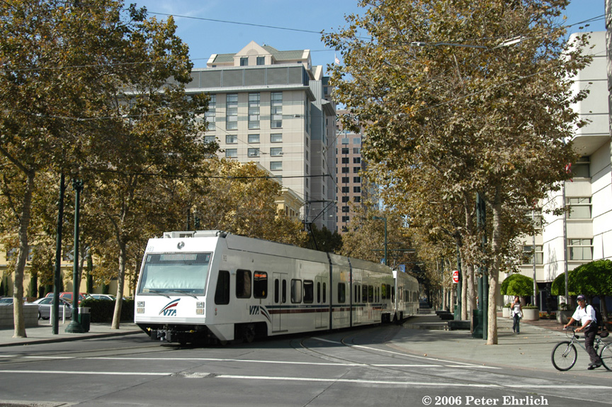(317k, 864x574)<br><b>Country:</b> United States<br><b>City:</b> San Jose, CA<br><b>System:</b> Santa Clara VTA<br><b>Line:</b> VTA 1st St/Downtown/St. Teresa<br><b>Location:</b> Transit Mall - San Carlos <br><b>Car:</b> VTA Kinki-Sharyo 983 <br><b>Photo by:</b> Peter Ehrlich<br><b>Date:</b> 10/11/2006<br><b>Notes:</b> S. 1st Street/San Carlos northbound, trailing view.<br><b>Viewed (this week/total):</b> 0 / 919