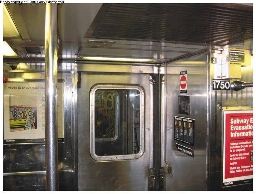 (117k, 820x620)<br><b>Country:</b> United States<br><b>City:</b> New York<br><b>System:</b> New York City Transit<br><b>Route:</b> 7<br><b>Car:</b> R-62A (Bombardier, 1984-1987)  1750 <br><b>Photo by:</b> Gary Chatterton<br><b>Date:</b> 11/18/2006<br><b>Notes:</b> Interior R62A cars showing location of closed-down full width cabs.<br><b>Viewed (this week/total):</b> 1 / 2354