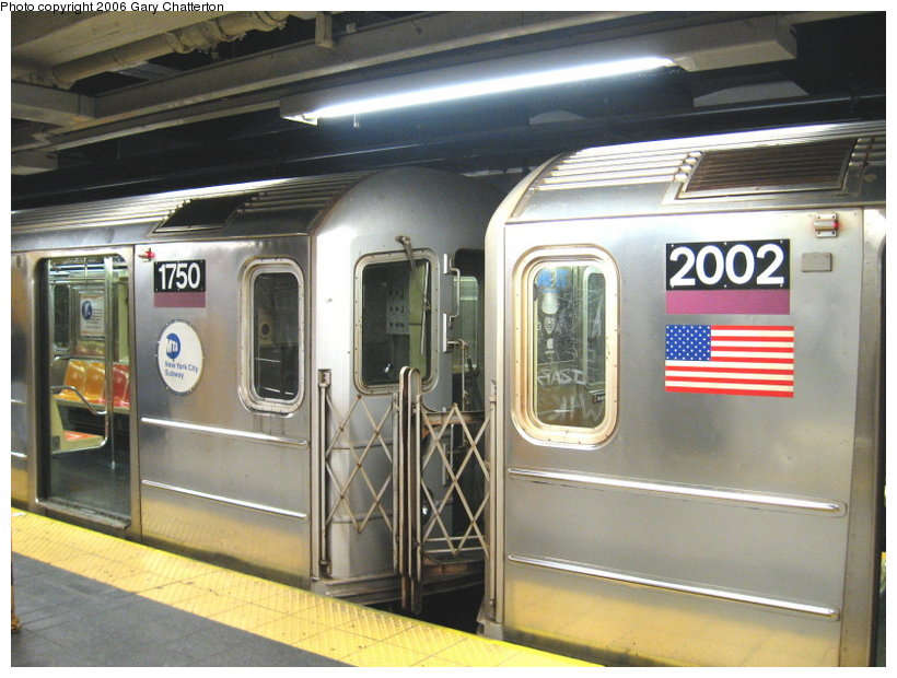 (115k, 820x620)<br><b>Country:</b> United States<br><b>City:</b> New York<br><b>System:</b> New York City Transit<br><b>Line:</b> IRT Flushing Line<br><b>Location:</b> Main Street/Flushing <br><b>Route:</b> 7<br><b>Car:</b> R-62A (Bombardier, 1984-1987)  2002/1750 <br><b>Photo by:</b> Gary Chatterton<br><b>Date:</b> 11/18/2006<br><b>Notes:</b> Exterior R62A cars showing location of full-width cab window of car with closed-up cab.<br><b>Viewed (this week/total):</b> 1 / 2651