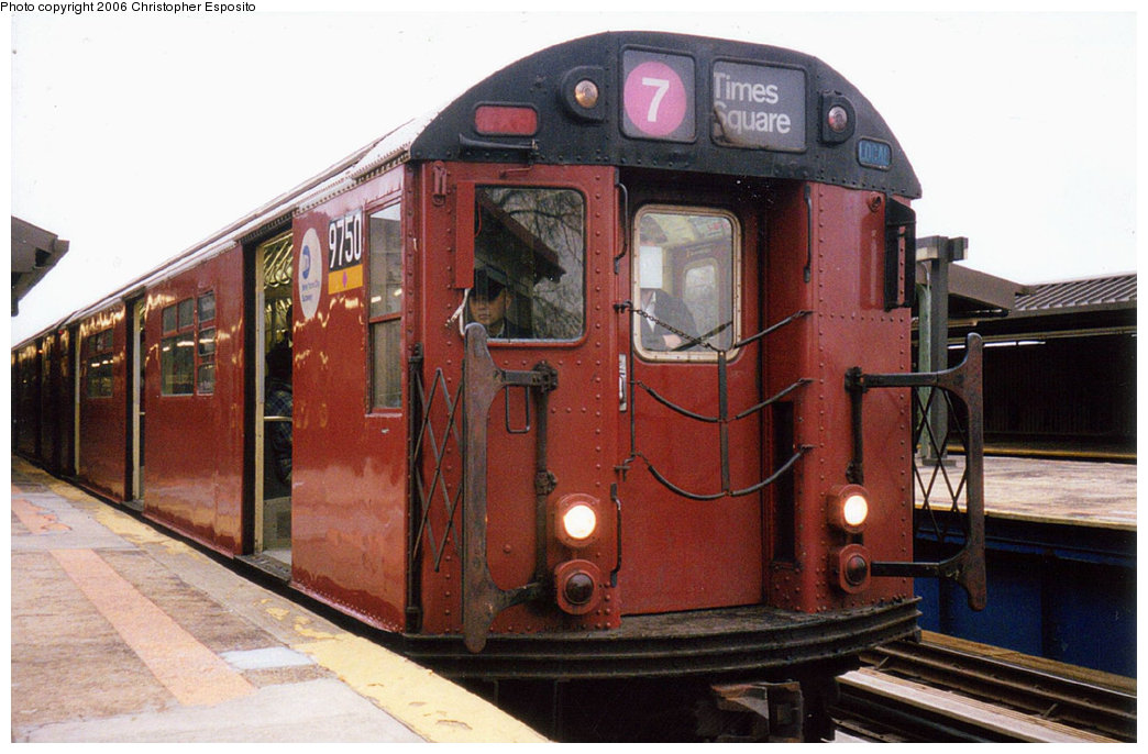 (177k, 1044x686)<br><b>Country:</b> United States<br><b>City:</b> New York<br><b>System:</b> New York City Transit<br><b>Line:</b> IRT Flushing Line<br><b>Location:</b> Willets Point/Mets (fmr. Shea Stadium) <br><b>Route:</b> 7<br><b>Car:</b> R-36 World's Fair (St. Louis, 1963-64) 9750 <br><b>Photo by:</b> Christopher Esposito<br><b>Date:</b> 2000<br><b>Viewed (this week/total):</b> 3 / 1502