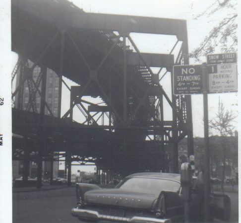 (36k, 486x449)<br><b>Country:</b> United States<br><b>City:</b> New York<br><b>System:</b> New York City Transit<br><b>Line:</b> BMT Astoria Line<br><b>Location:</b> Queensborough Plaza <br><b>Collection of:</b> Vic Gordon<br><b>Date:</b> 1969<br><b>Viewed (this week/total):</b> 4 / 1862