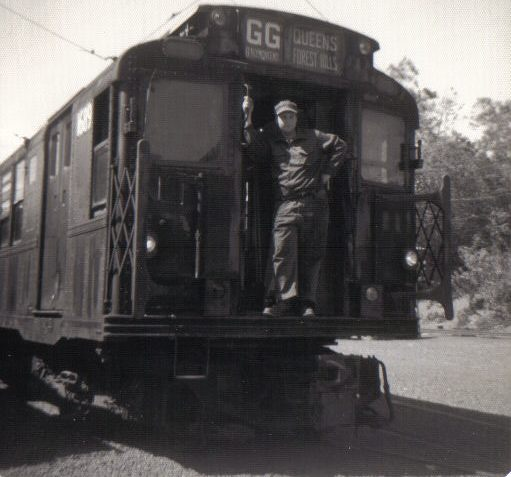 (40k, 511x477)<br><b>Country:</b> United States<br><b>City:</b> East Haven/Branford, Ct.<br><b>System:</b> Shore Line Trolley Museum <br><b>Car:</b> R-9 (American Car & Foundry, 1940)  1689 <br><b>Collection of:</b> Vic Gordon<br><b>Notes:</b> 1689 after arriving at Shore Line.<br><b>Viewed (this week/total):</b> 2 / 1023