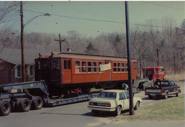 (47k, 640x438)<br><b>Country:</b> United States<br><b>City:</b> East Haven/Branford, Ct.<br><b>System:</b> Shore Line Trolley Museum <br><b>Car:</b> Low-V 5466 <br><b>Collection of:</b> Vic Gordon<br><b>Notes:</b> Arriving at Shore Line.<br><b>Viewed (this week/total):</b> 0 / 1085