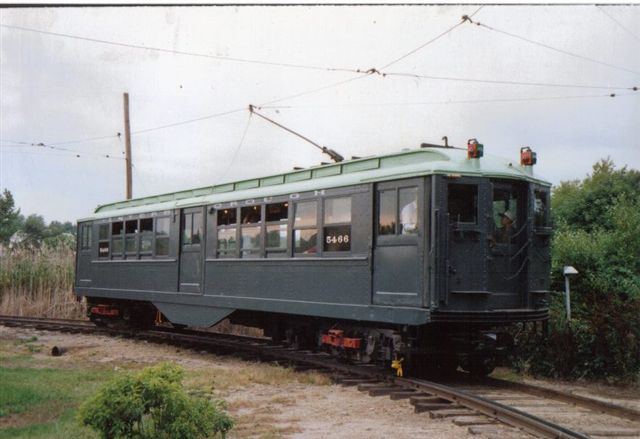 (44k, 640x439)<br><b>Country:</b> United States<br><b>City:</b> East Haven/Branford, Ct.<br><b>System:</b> Shore Line Trolley Museum <br><b>Car:</b> Low-V 5466 <br><b>Collection of:</b> Vic Gordon<br><b>Notes:</b> On loop at Shore Line.<br><b>Viewed (this week/total):</b> 2 / 1162