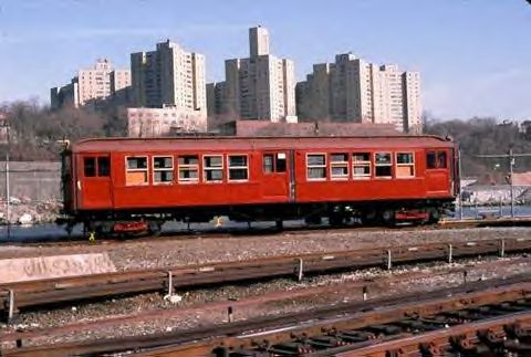 (36k, 480x323)<br><b>Country:</b> United States<br><b>City:</b> New York<br><b>System:</b> New York City Transit<br><b>Location:</b> 207th Street Yard<br><b>Car:</b> Low-V 5466 <br><b>Collection of:</b> Vic Gordon<br><b>Notes:</b> The day of the move to Shore Line.<br><b>Viewed (this week/total):</b> 3 / 1435
