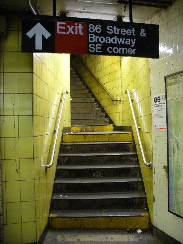 (113k, 768x1024)<br><b>Country:</b> United States<br><b>City:</b> New York<br><b>System:</b> New York City Transit<br><b>Line:</b> IRT West Side Line<br><b>Location:</b> 86th Street <br><b>Photo by:</b> Robbie Rosenfeld<br><b>Date:</b> 12/27/2006<br><b>Notes:</b> Stairway to street.<br><b>Viewed (this week/total):</b> 0 / 2134